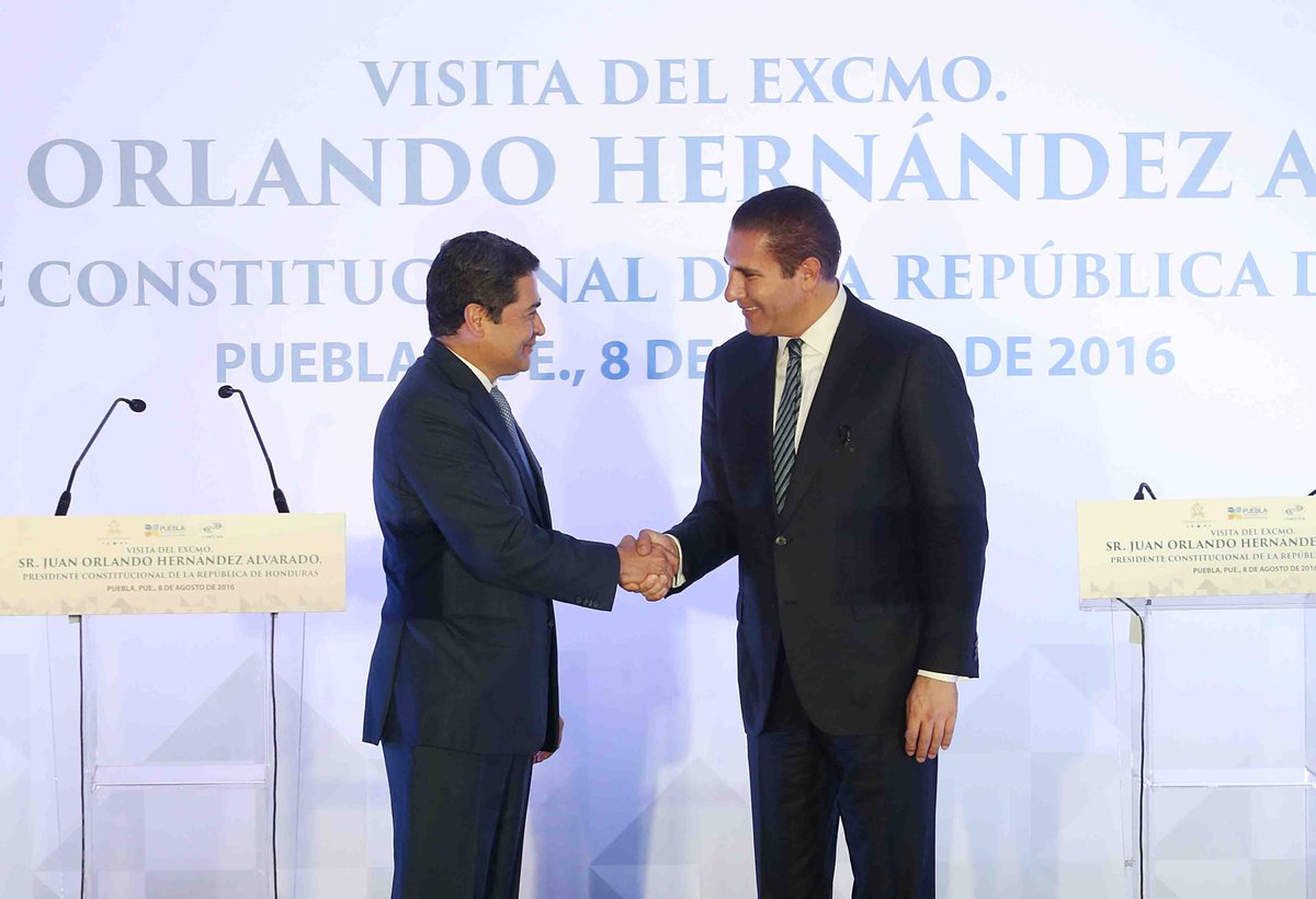 Un gusto recibir en Puebla, al presidente de Honduras @JuanOrlandoH, acordamos impulsar crecimiento económico. https://t.co/K2ArfaHDJW