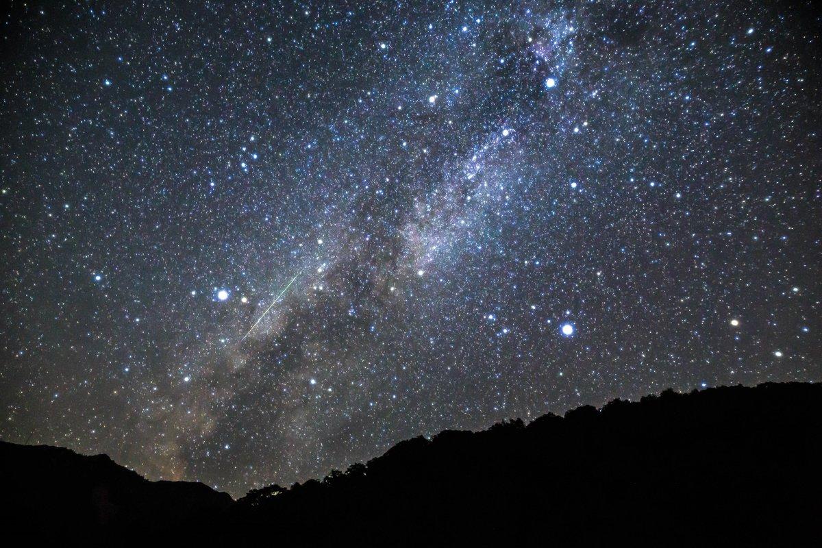 先日のペルセウス座流星群 https://t.co/M5bBTtvKG6