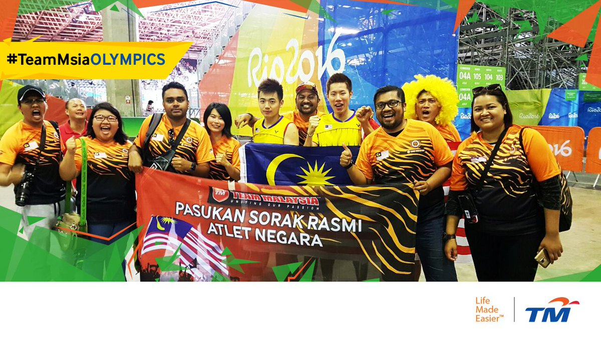 @TeamMsia dengan penuh bangga bersama Hero Beregu Negara!   #TeamMsiaOlympics #KamiTeamMalaysia https://t.co/A024EVtOVm
