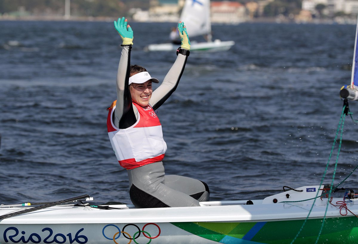 Four years of perseverance & determination lead to greatness on the Rio waters #sailing #Rio2016 Well done Annalise https://t.co/1nTEvkcKgu