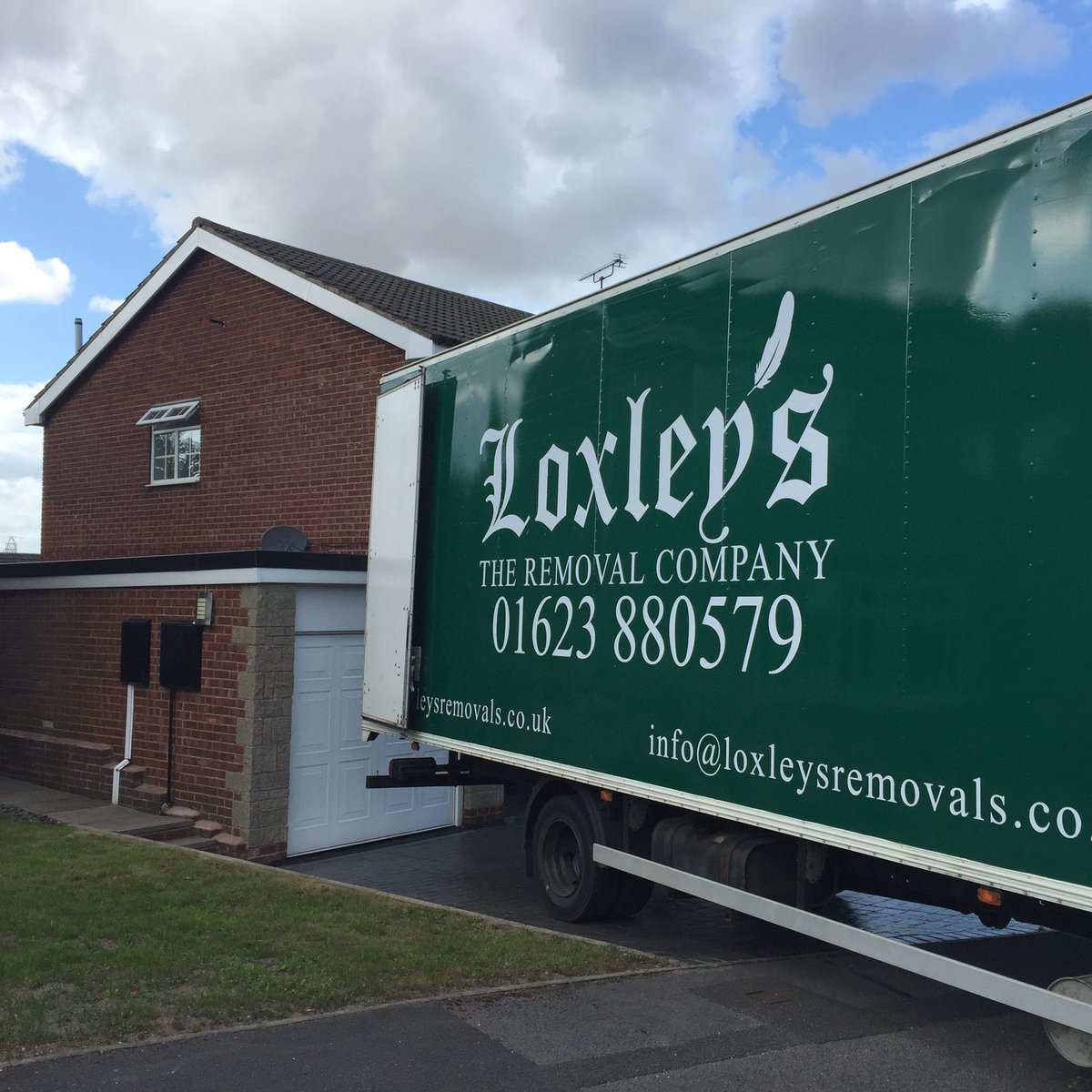 loxleysremovals photo