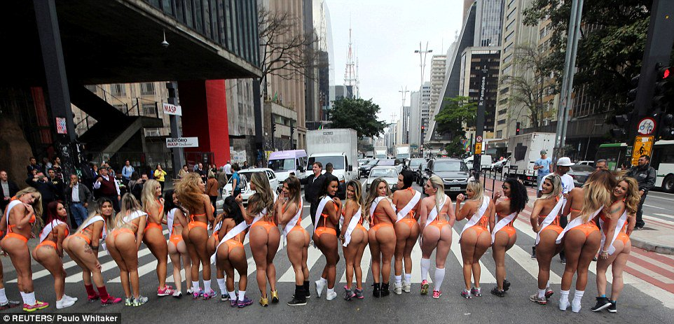 the big ass parade booty contest № 289059