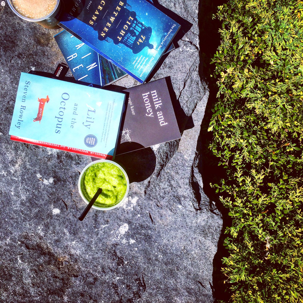 Hot reads + cool drinks for #NationalBookLoversDay: RT before 9pm for chance to win a @SimonSchusterCA book! https://t.co/QRLBdYjkBj