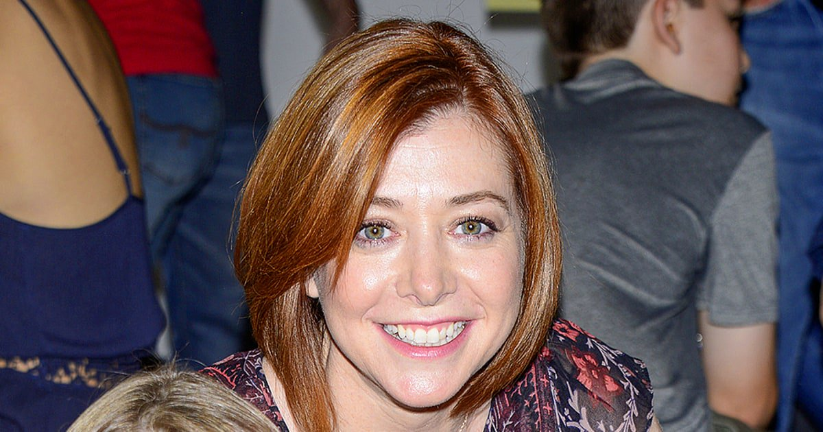 RT @usweekly: Exclusive: @alydenisof shows Us what's in her daughter's lunch box! https://t.co/RTzQFQoYBI https://t.co/C6TFK3CZSp