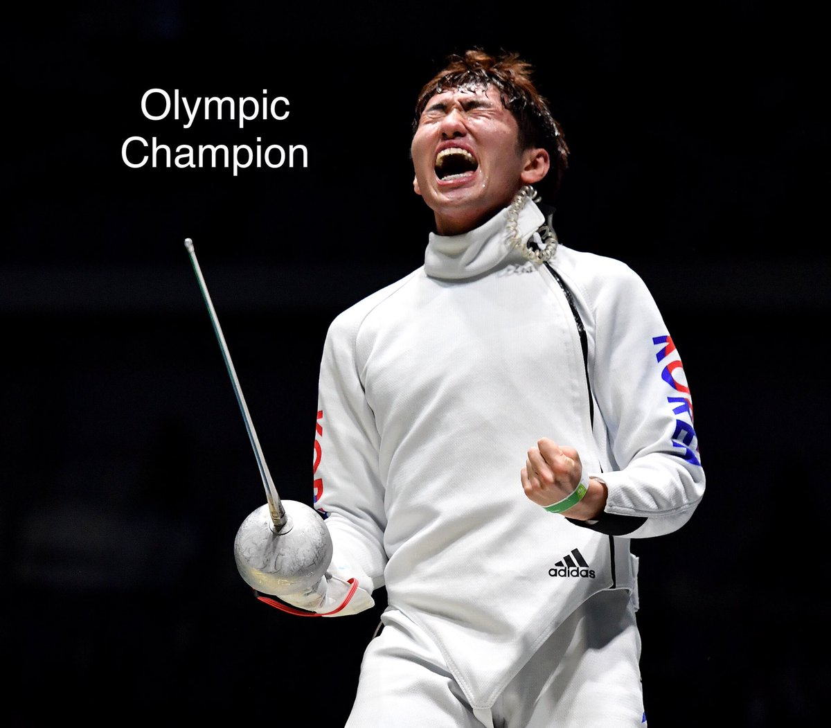 Park Sangyoung #KOR is the new #Olympics Champion in men's epee at #Rio2016 #Fencing