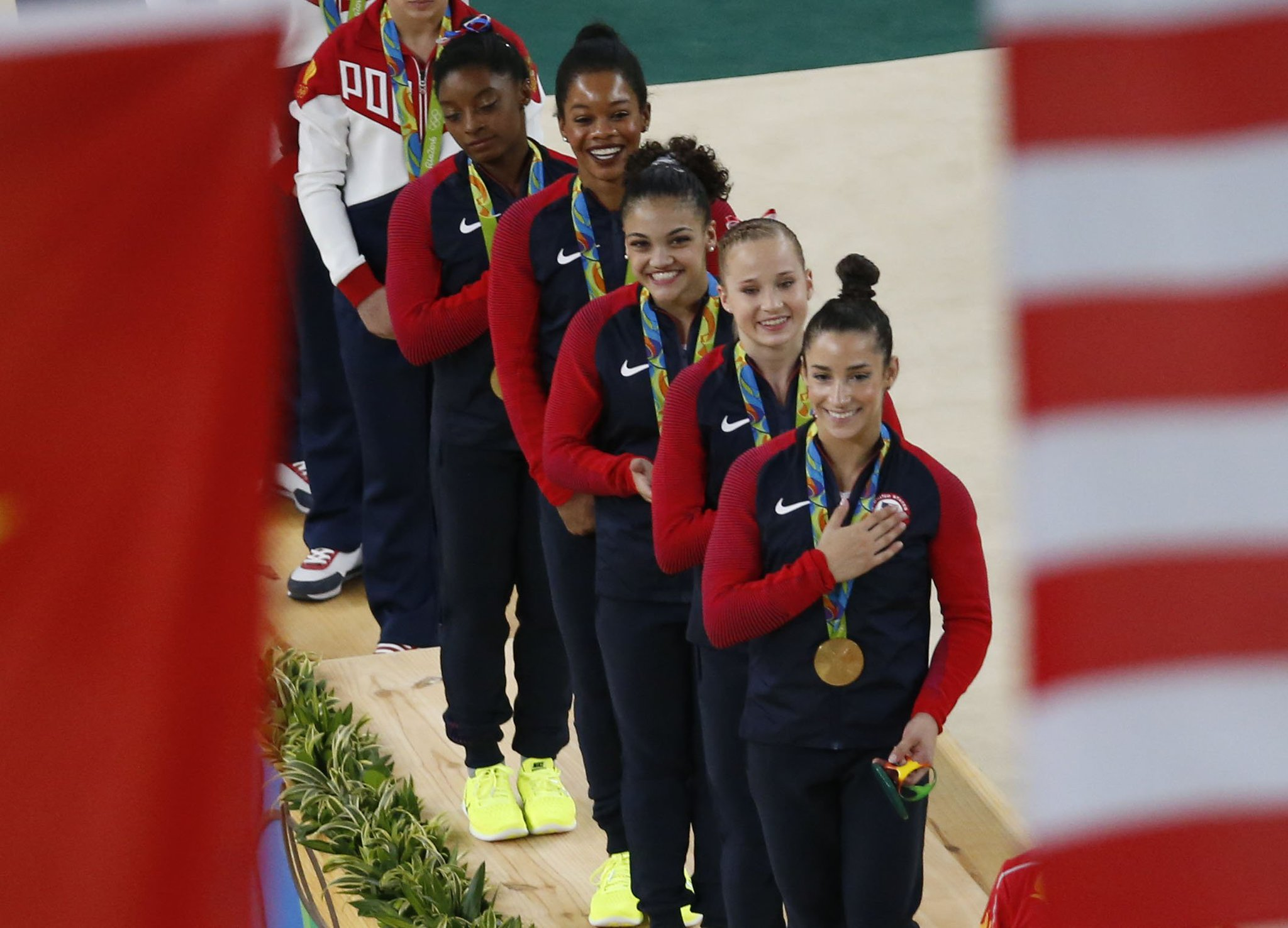 All. Gold. Everything. #FinalFive  ���������� https://t.co/mArCR7VqXq