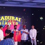 RT @KSBGang: #AattaikkuReadya #MaduraiSuperGiant #MSG #STRforMadurai @iam_str   @dhayaalagiri @anushadhaya @sushprasad https://t.co/lafJXov…