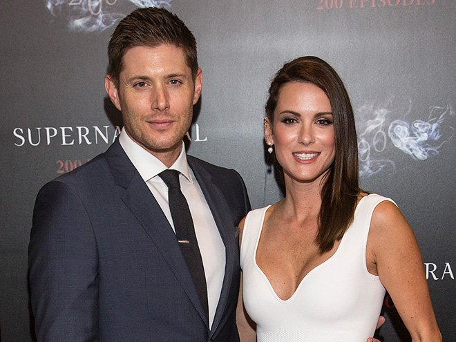 EXCLUSIVE: @JensenAckles and @DanneelHarris are expecting twins - a boy and a girl! https://t.co/QypJYPmGxM https://t.co/Vq7elmxkrX