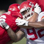 #Chiefs G Laurent Duvernay-Tardif tried to contain #Chiefs NT Dontari Poe (92) #ChiefsCamp #brotherlyhug https://t.co/n9n8dx2SI6
