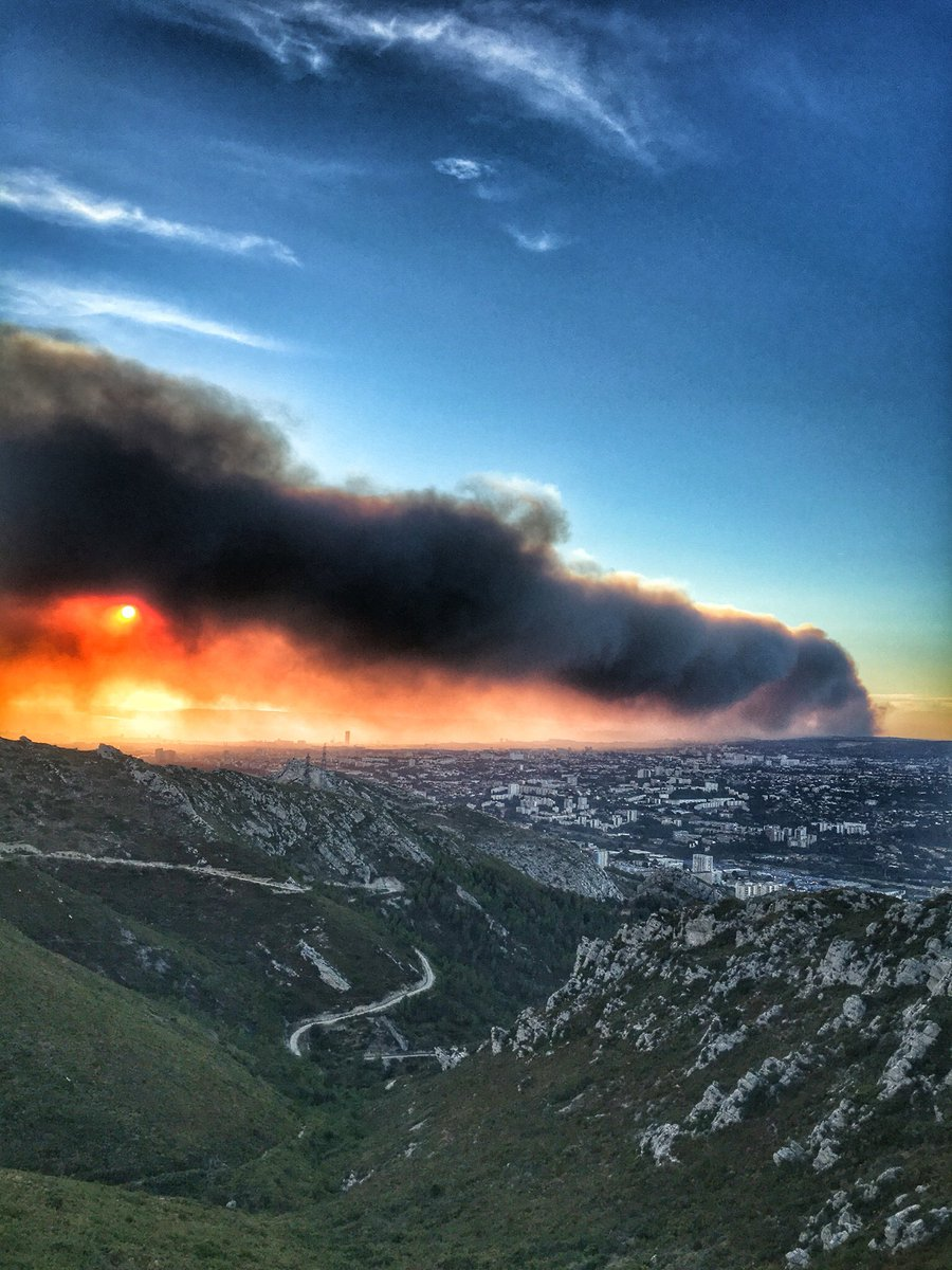 Vitrolles France  city images : Photo: Fire obscures part of sun in Vitrolles, France @1000m semaine ...