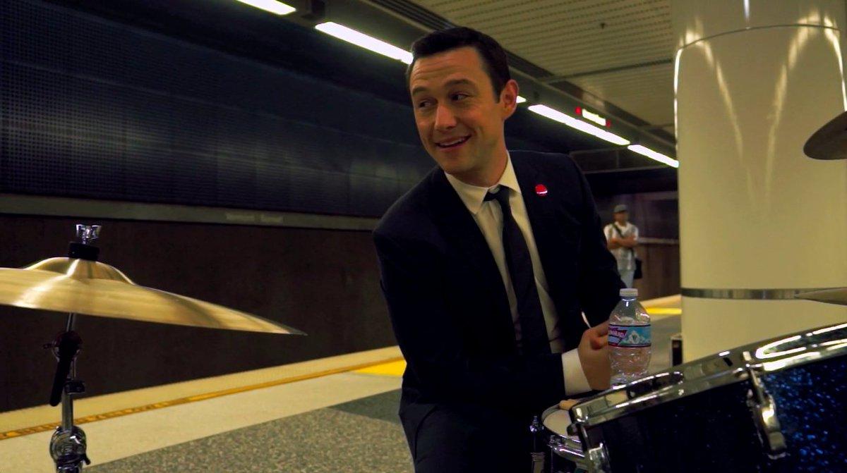 I'm gonna play drums… https://t.co/xFvKJbpmLS https://t.co/hN1bfnP8lt