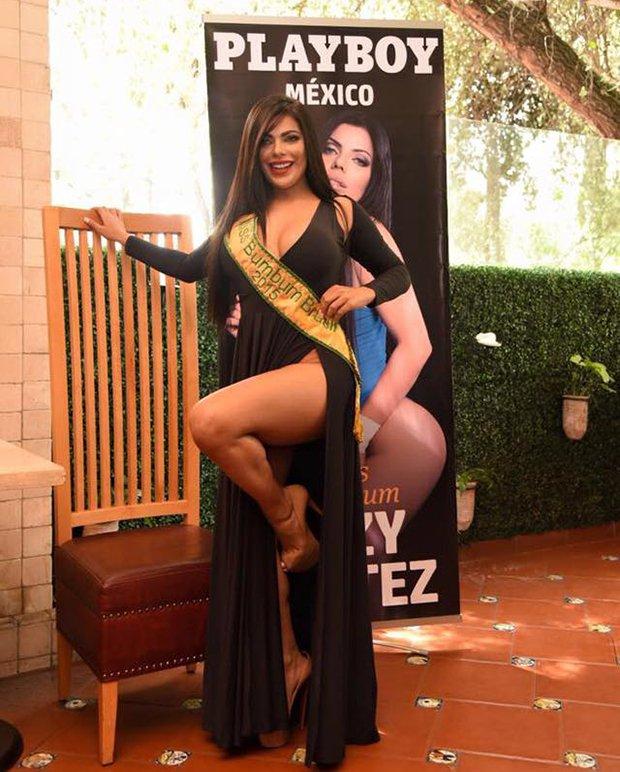 RT @portaldaband: Miss Bumbum 2015 lança ensaio nu no México; veja fotos https://t.co/jxYpBFmaI7 https://t.co/yJQtzyZmUd