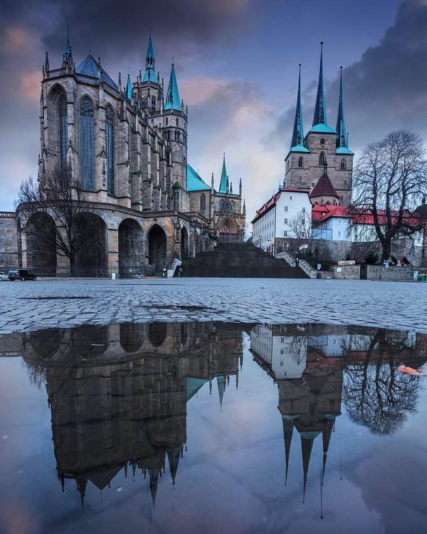 Reflections in Erfurt, Germany | Photography by ©@erolu_ilhan https://t.co/e7thHjk54J