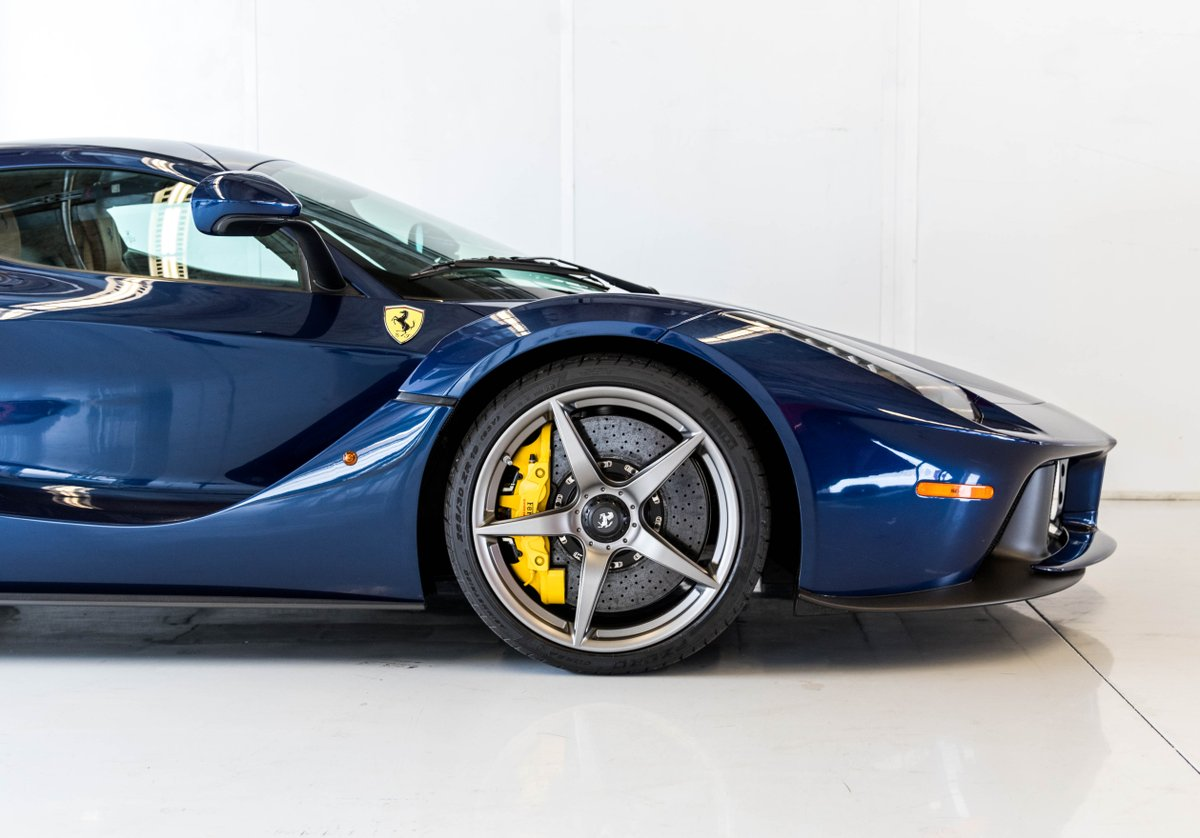 @tokulski @RaphaelOrlove @MattHardigree @DRIVE Blue seems to work on other Ferraris too. https://t.co/IbDdqS8huM