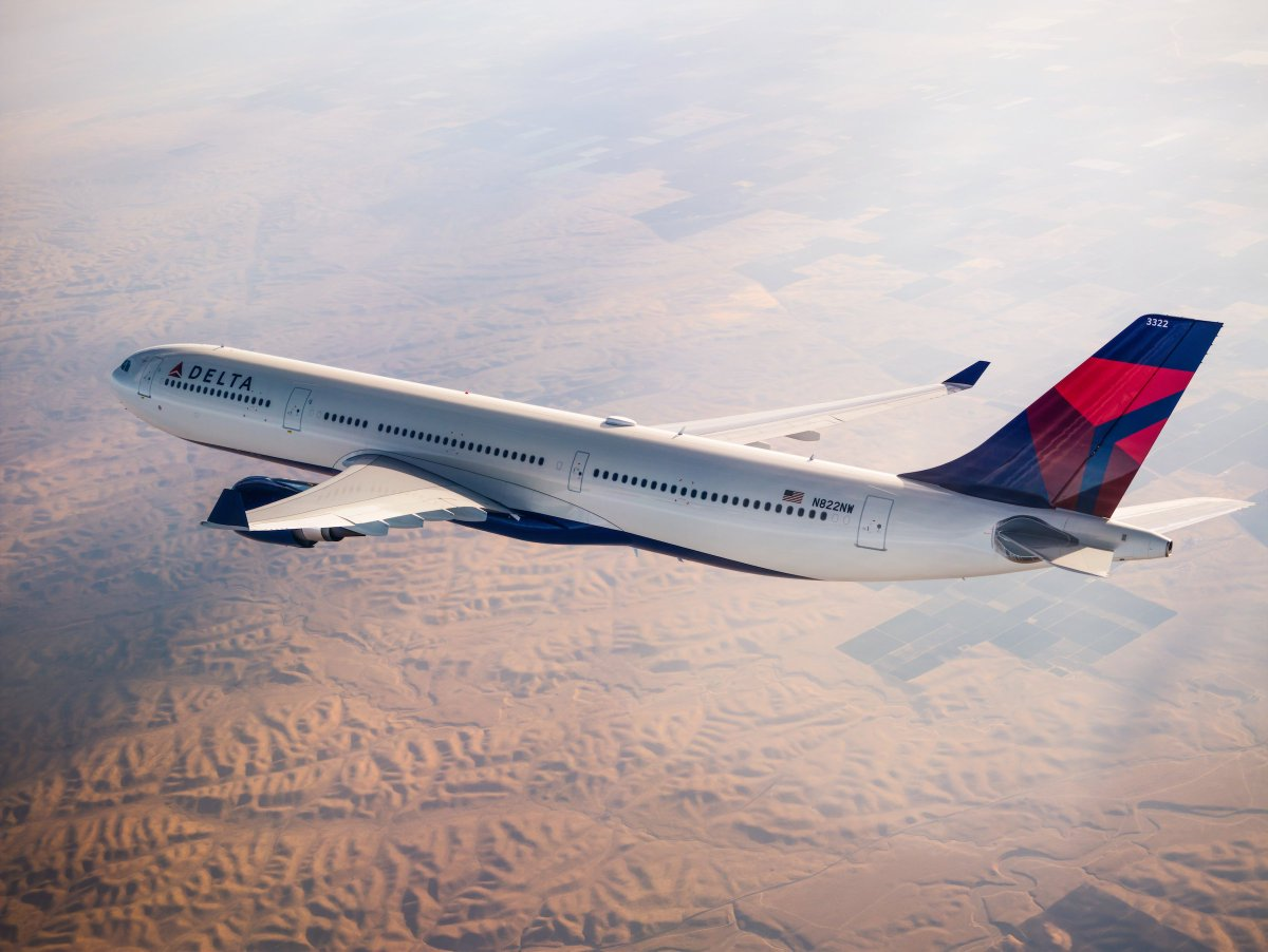 .@Delta flight operations return to normal, plans to carry 610,000+ customers today.