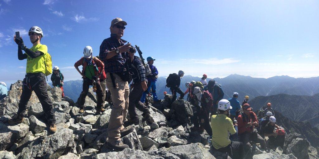 @burarito @calpistime なお山頂は大人気でなかなか混雑しているもよう https://t.co/6xGiMGXImF
