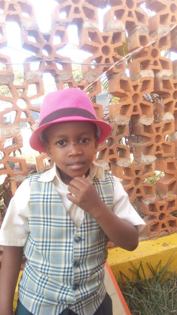 6 year old Jaiden Mugambwa reportedly disappeared from his mum at Fuelex Lweza station. Pls share to help find him. https://t.co/Fb0xcwB0zj