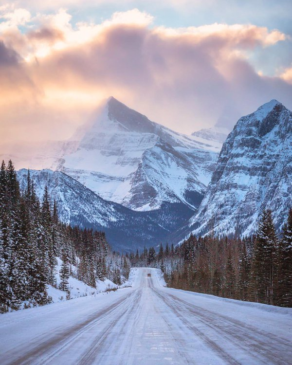 The wild heart of Jasper National Park | Photography by ©scott_kranz https://t.co/UTz7NCh3CF