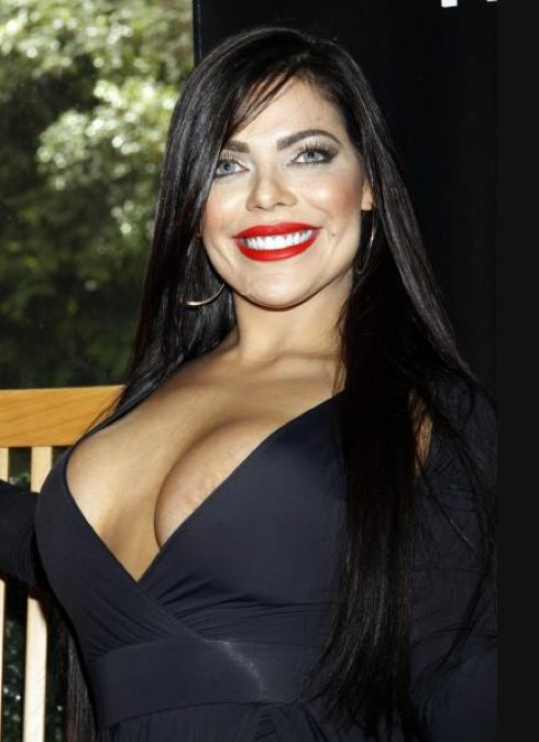 RT @Publisport_MX: ???? ¡Imperdible! La Miss Bumbum enseñó de más en su visita a México https://t.co/YBnJZA26rG ???? https://t.co/2RqmR3182B