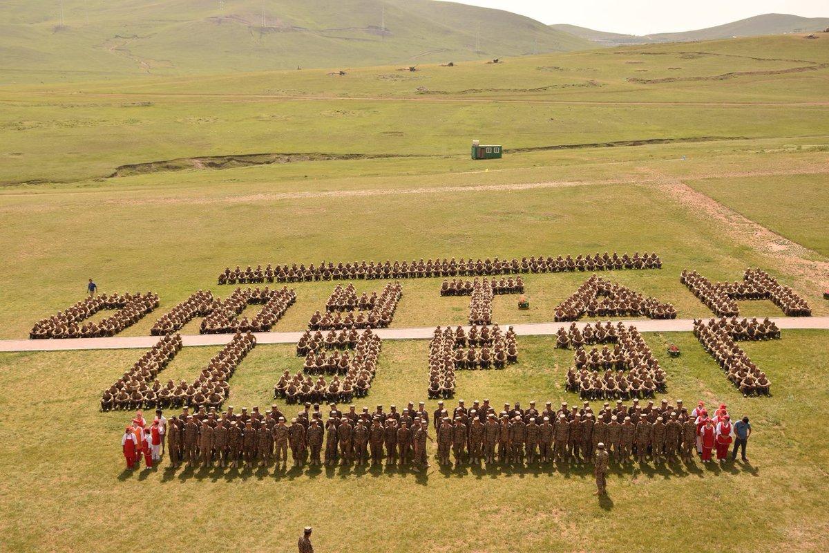 @elbegdorj : ''Оюутан цэрэг'' хөтөлбөр бол иргэдийн талархал дэмжлэгийг хамгийн их хүлээдэг төр засгийн сайн ажил. https://t.co/Qb1xySA9kp