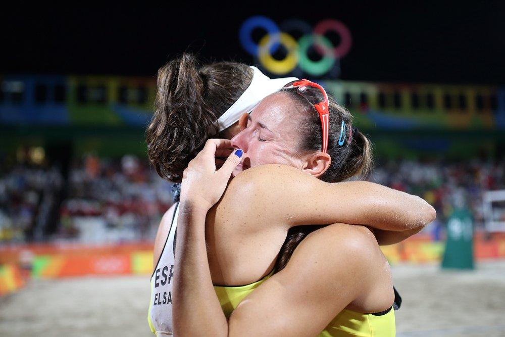 Las españolas Liliana-Baquerizo hicieron vibrar al voley nacional y lucharon en todo momento en #Rio2016 https://t.co/XZ0nO0pPvC