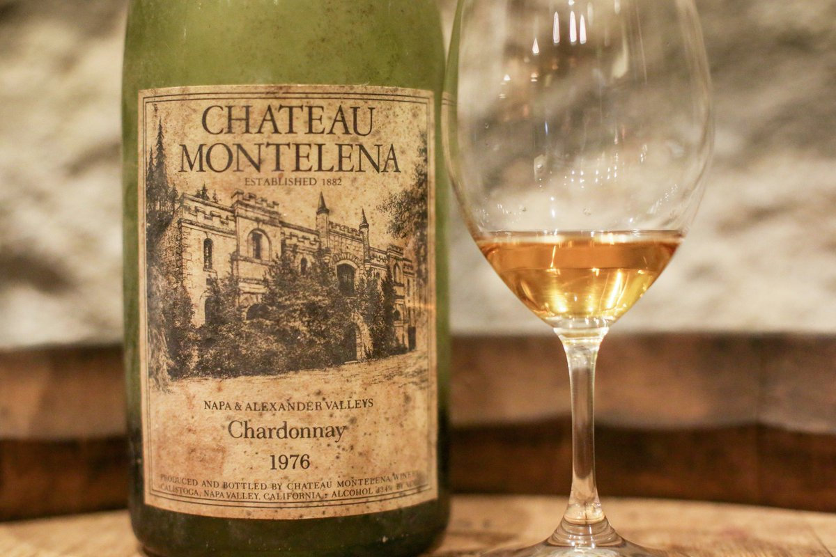 It was a special moment for a handful of visitors today when we opened a btl of the 1976 Chardonnay. #unbelievable https://t.co/pXjxc4nywA