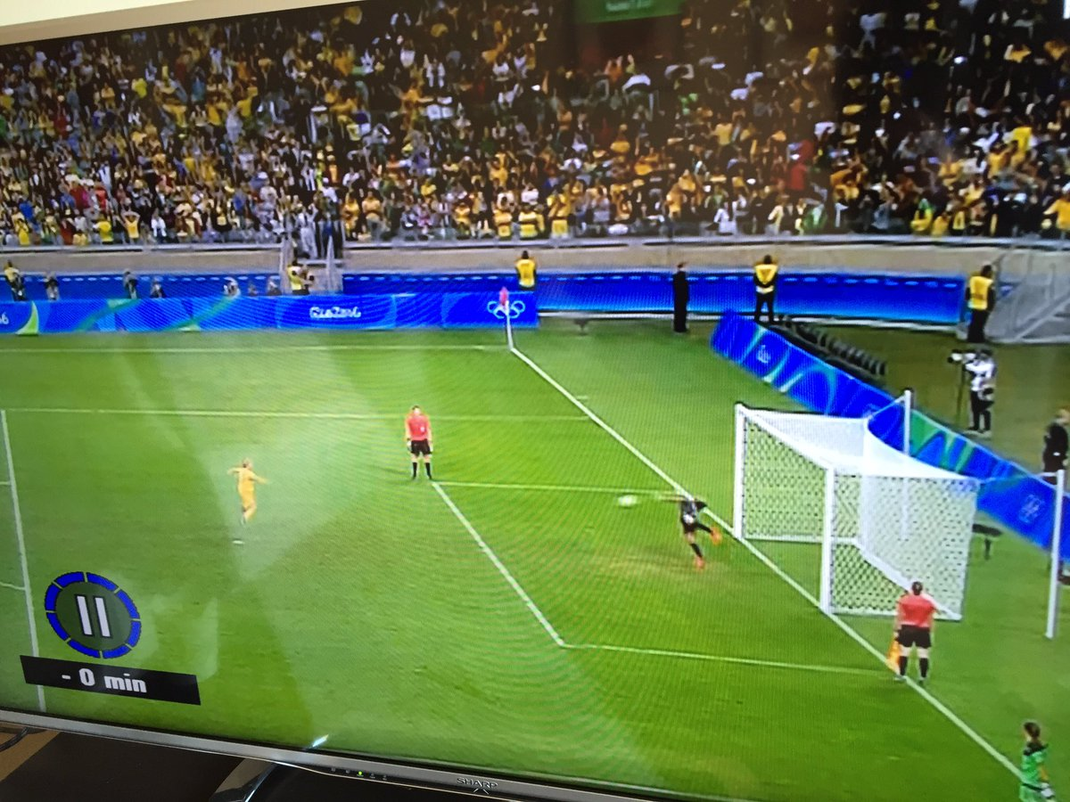 Look how far off her line the Brazilian keeper was for that save. Are the refs asleep? It's happened every attempt! https://t.co/UzN1VUeXXu