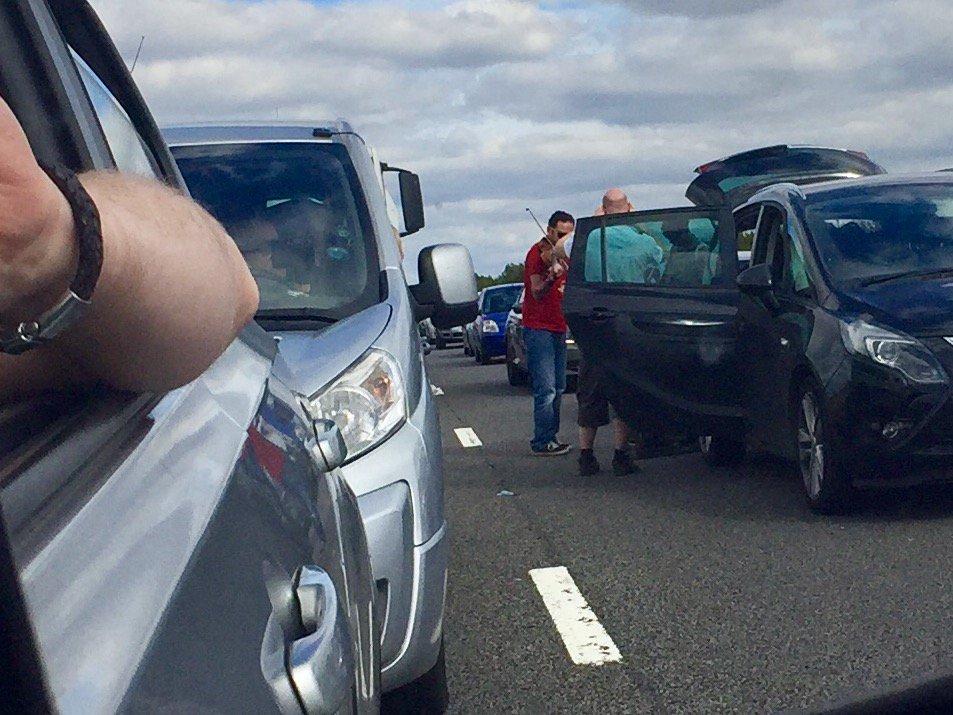 Random things you see in your mirror. #m69 #trafficjam #accident https://t.co/o7XWenpK3o