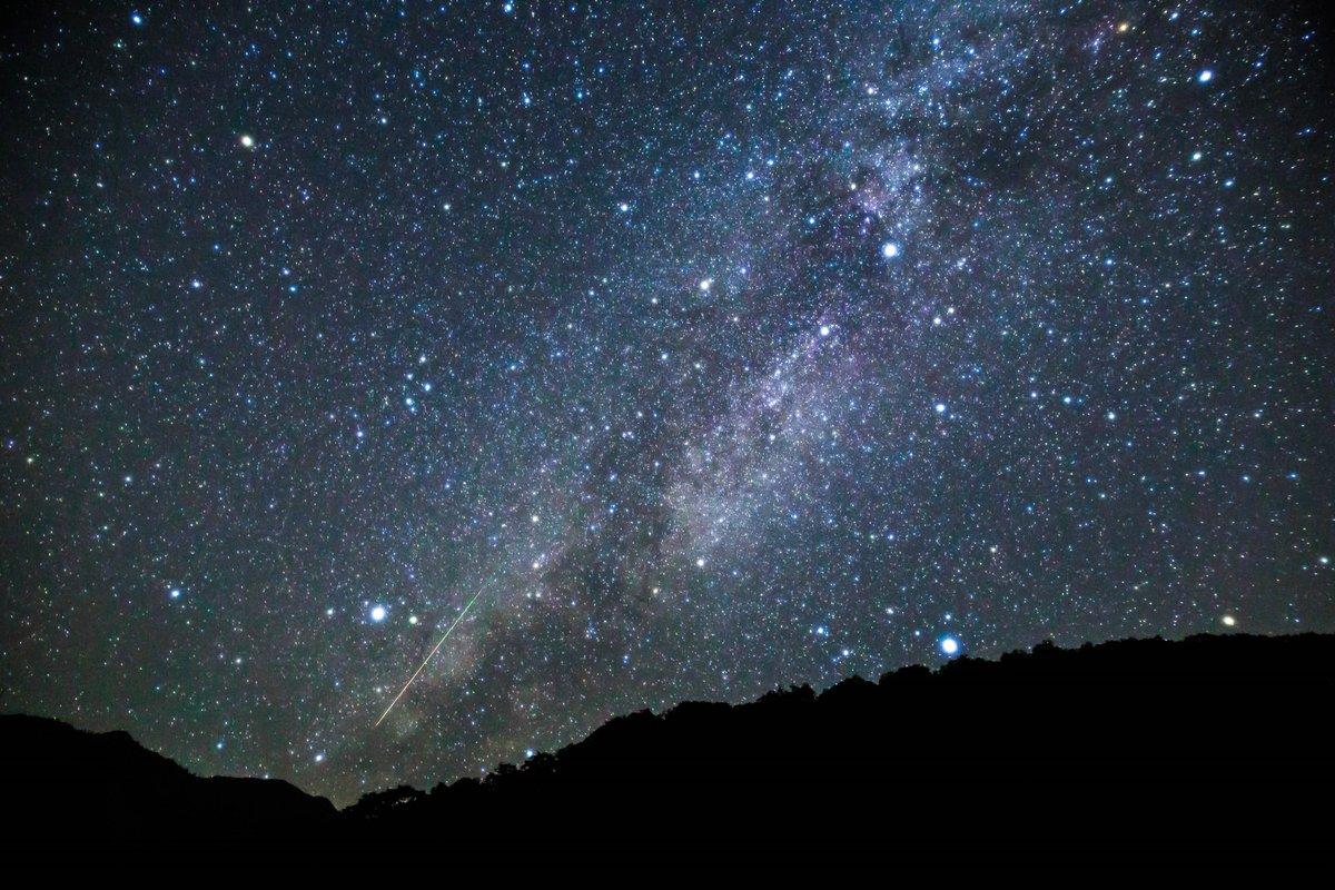 ペルセウス座流星群 https://t.co/bIvDl0MXh5