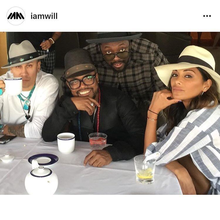 REPOST: @iamwill 'BUDDIES' -  Buddies for almost 20 years now. https://t.co/kNTa08Es9l https://t.co/h8GbEuh5Vh