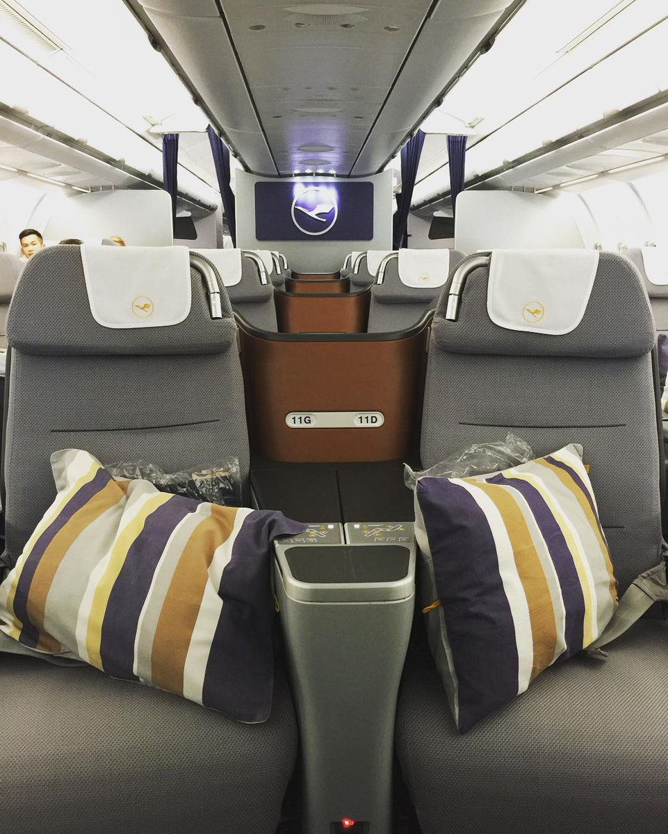 Kick back in the sky BusinessClass Photo by: