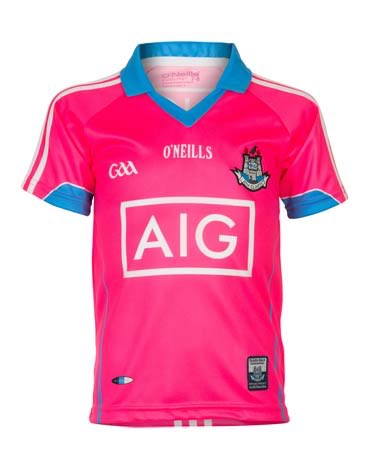 HT at Pearse Pk @dublinladiesg 0-05 @DonegalLGFA 1-04. RT to win a Ladies Dublin Jersey https://t.co/yPY7DTGWNH