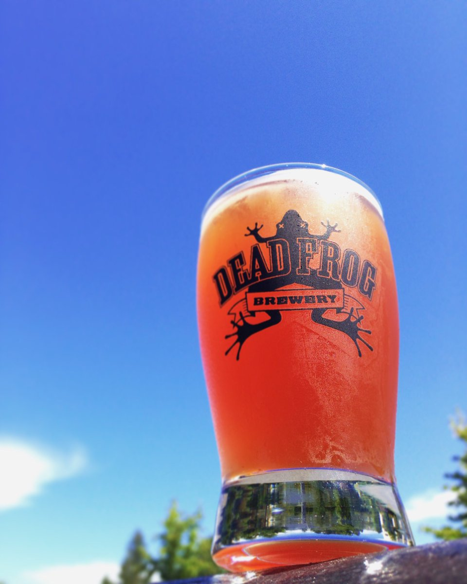 Get your growler filled with our Blueberry Blast Kettle Sour ASAP... just like the sun, it won't be around for long! https://t.co/prG1MbePku