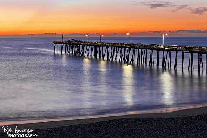 First light at Nags Head Pier this morning. #obx #outerbanks #obxphotos https://t.co/I2Dh27PIRK