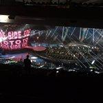 #SideToSide shown on the screen inside @TheGarden #VMAs https://t.co/WiHIlcag4G