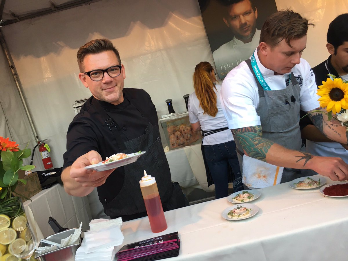 Did you try @TylerFlorence's shrimp and grits at the @lexus grand tasting event? So good! #lexisculinary #lafoodwine https://t.co/krKRrj8qYV