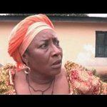 """#1000NigerianWaysToDie """"Mummy I am pregnant"""" 😭😭 https://t.co/AuPIqh06ld"""