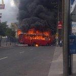 """Otro negocio del transurbano: Los buses que quemaban en la USAC, """"solo los que tenían seguro pagado"""" para cobrarlo. https://t.co/OeDUXKFXyK"""
