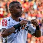 Robinho com a camisa do Atlético-MG: 36 jogos 21 gols 5 assistências https://t.co/FzAOMqDWGc