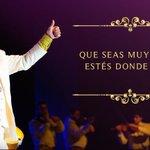 #Espectáculos13 El mundo está conmocionado por el fallecimiento del Divo de Juárez, a causa de un paro cardíaco. https://t.co/lK7bhP3ijI