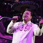 AHORA   Reportan el fallecimiento del cantante mexicano Juan Gabriel https://t.co/UPMcldAeEF https://t.co/g4mIN2JuNr