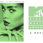 #VMAs #RiRiVANGUARD https://t.co/q4LylRE3Ly