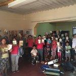 Madres de familia de PRONOEI en Alto Salaverry - Trujillo reciben libro #EsperanzaViva en #RompiendoElSilencio https://t.co/m0YKZdLuEh