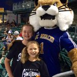 Purrfect night with Rufus @ucmerced night @FresnoGrizzlies game! https://t.co/5IwFpR4MlN