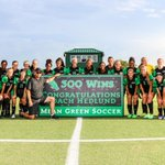 North Texas head coach John Hedlund was honored for his 300th career win, which he secured last weekend. @NCAASoccer https://t.co/JSgvt5nHrb