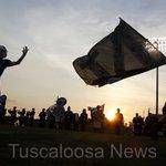 @tcountyfootball drops a big win on rival Northridge 56-14. PHOTOS: https://t.co/iTbrsTIlET @TuscPreps https://t.co/bZsSxdiDpK