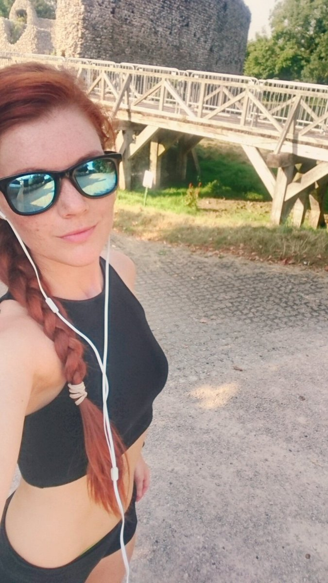 Evening run around Eynsford..didn't even know there is a castle :) #castle #Eynsford #redhead #run #moveyourass
