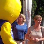 @HanneloreKraft und @SylviaLoehrmann waren amStand des @MIWFNRW - DANKE! https://t.co/AN0vSD2DD2