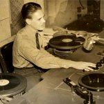100% #Vinyl #DJ sets 3-11pm. #Reggae, #Soul, Funk, Dub, Ska. @BathCoUK @VisitBath @inbath https://t.co/kVzyRjCzzP https://t.co/oJknhHWZCV
