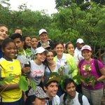 Con cientos de jóvenes iniciamos esta reforestación en el histórico Camino de Cruces. #ReforestaPanamá https://t.co/STJTNl8Xoa